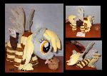 scratching Derpy Hooves with accessories
