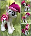 Roseluck - Standing 18inch