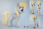 Derpy with muffin plush