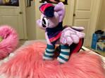 Twilight Sparkle in new socks