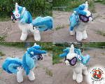 Regular Vinyl Scratch plushie w/ accessories