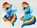 Rainbow Dash small beanie with poseable wings