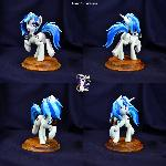 Vinyl Scratch by Shuxer59