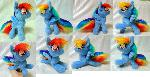 Small posable Rainbow Dash (commission)