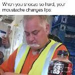 Kan t'es moustachu...