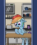 Rainbow Dash finds a Potato