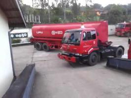 Fuel truck sharp U-turn