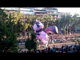 Giant Twilight Sparkle Balloon at #ParisParade