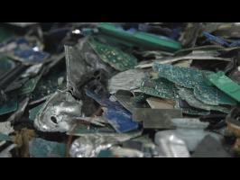 Watch Your Dead Tech Get Demolished at an E-Waste Recycling Plant