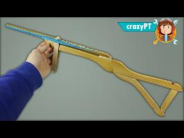 3 Amazing Weapons made With Hangers
