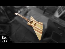 projet guitare / quatrième partie - assemblage corps-manche, cavités pour micros - Ep 217