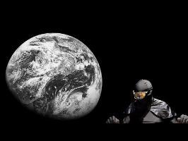 La Terre est ronde. C'est ton encéphalogramme qui est plat. DEFAKATOR