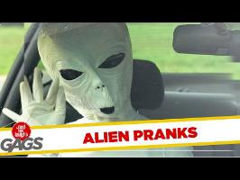 Alien Pranks - Best of Just For Laughs Gags