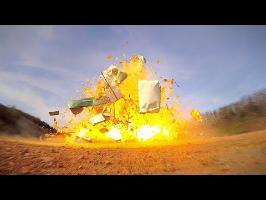 EXPLOSION DE CARAVANE + 1000L DE GAZ !
