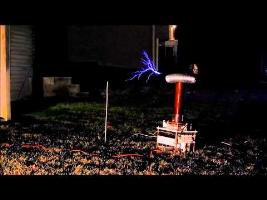 Musical Tesla Coil - Nightmare Night