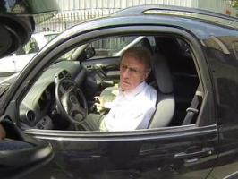 Bernard Kouchner vs Motard (GoPro)